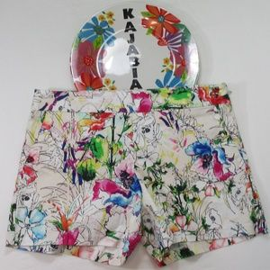 EXPRESS Floral Shorts. Size 4 💥JUST IN💥